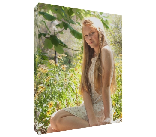 WALL CANVAS Canvases are the perfect way to present your photos in your home! We offer a variety of high quality canvases in many sizes.