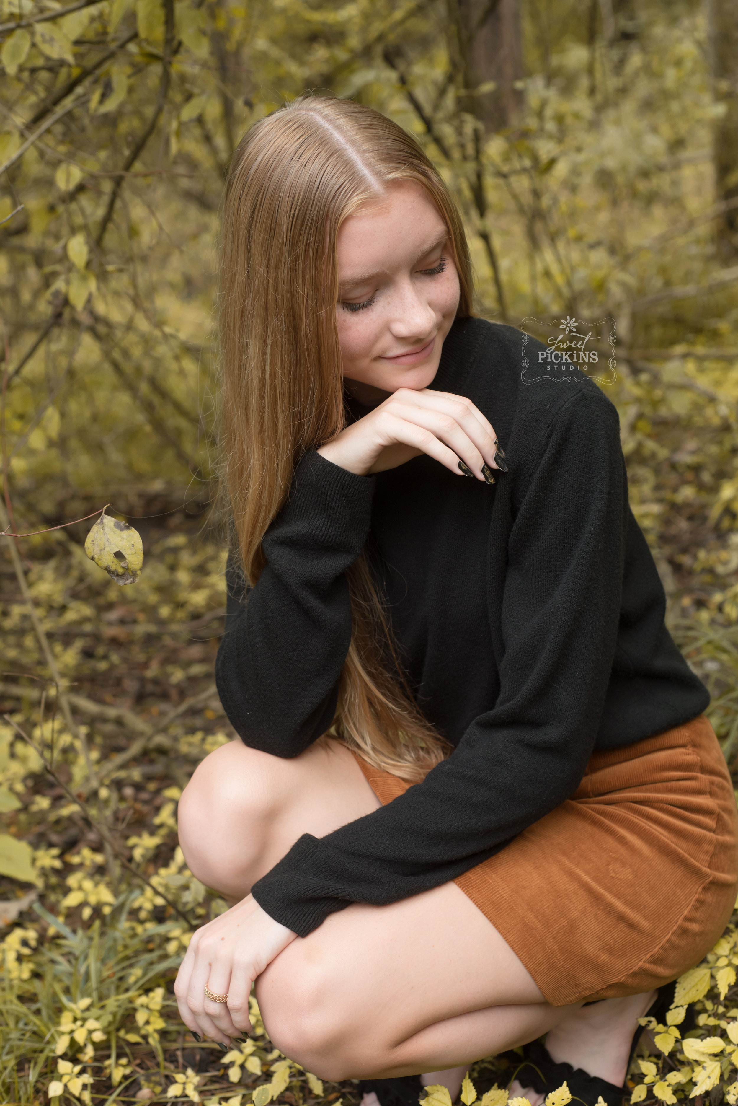 Redhead Teen Modeling in Forest | Photography Session with Sweet Pickins Studio | Peru, Indiana