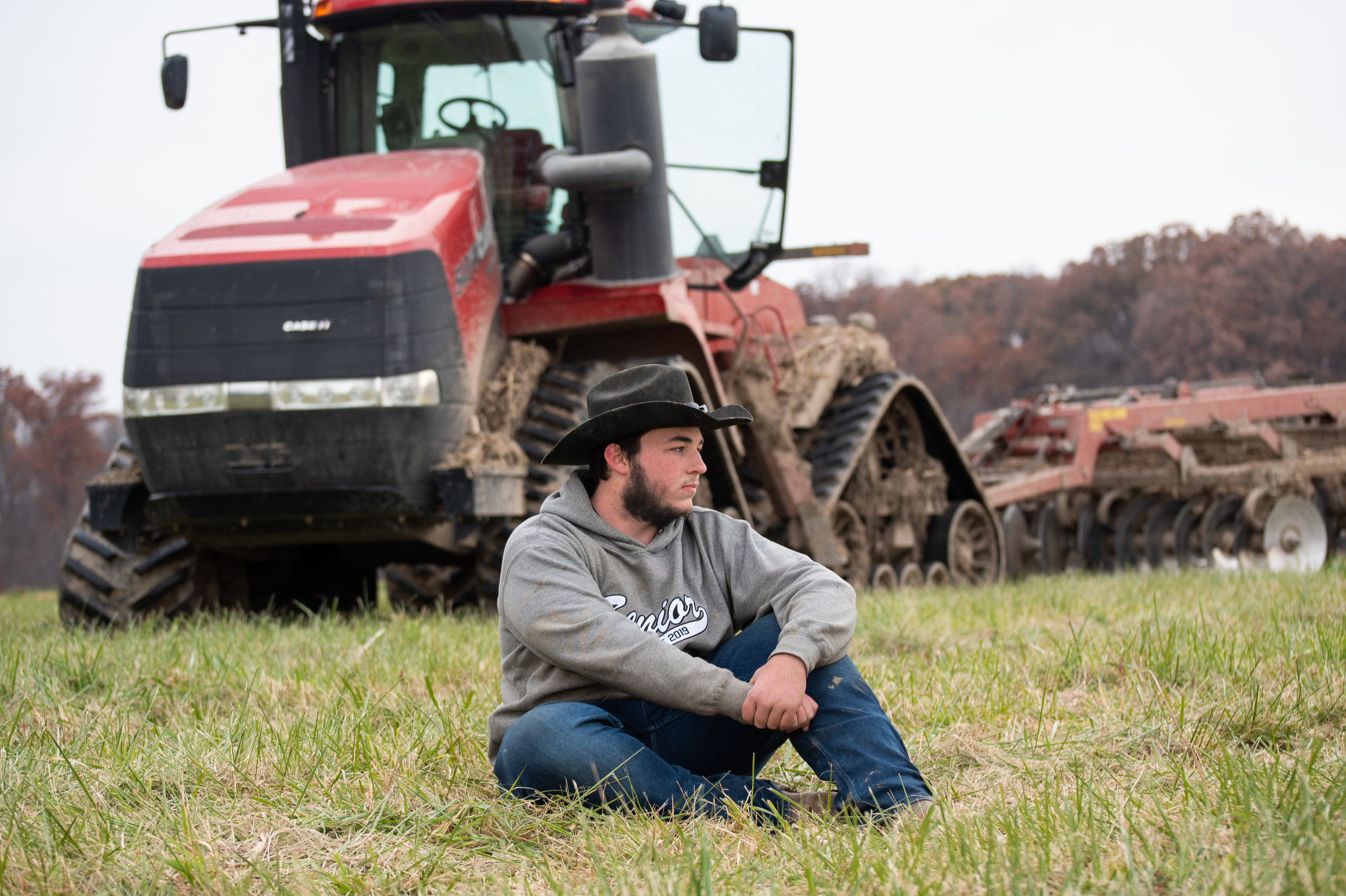 Senior Portrait on the Farm in field | Huntington North High School Class of 2019