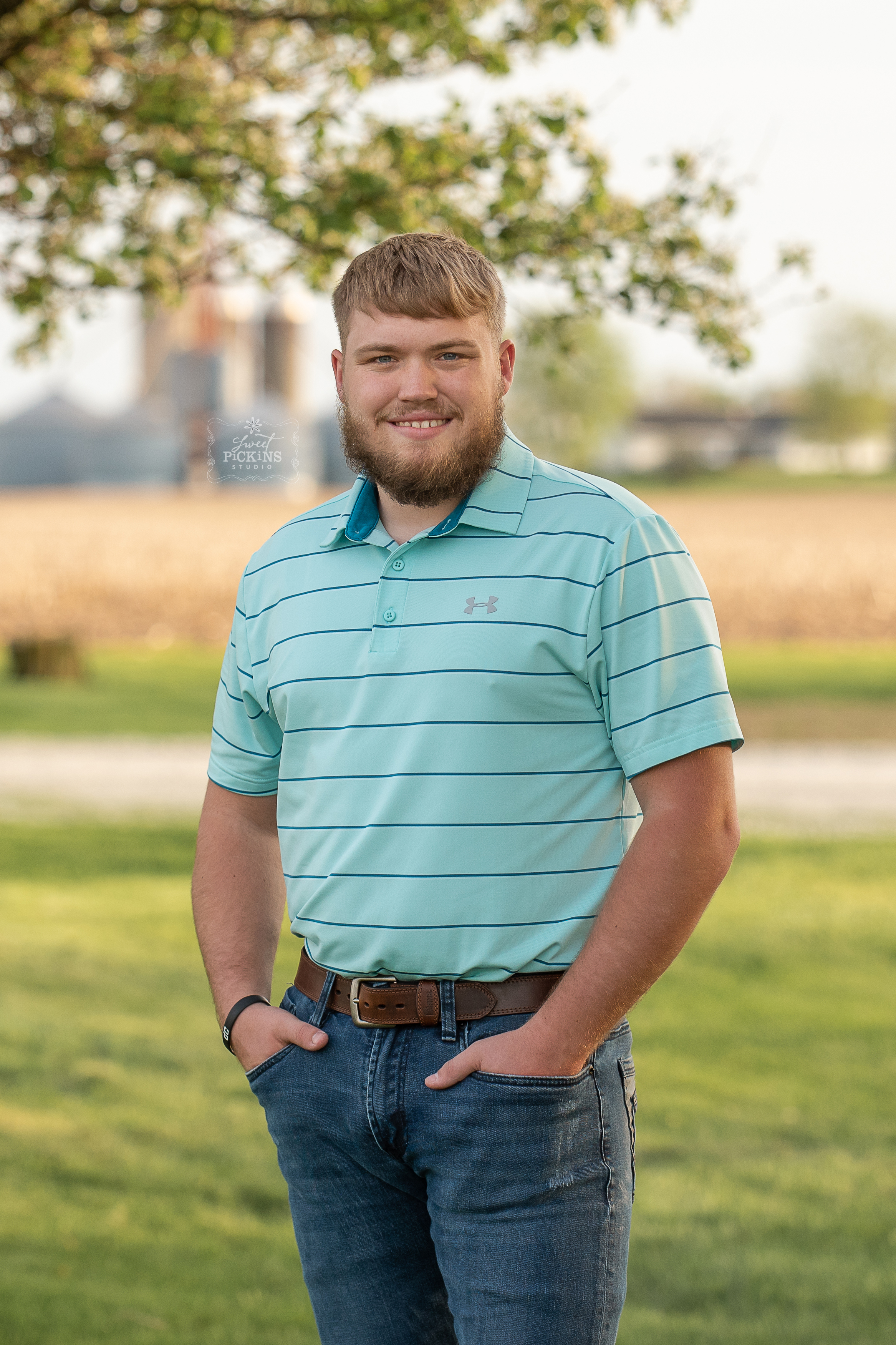 Class of 2019 Senior Guy Session by Sweet Pickins Studio | Sunset on Indiana grain farm in Spring