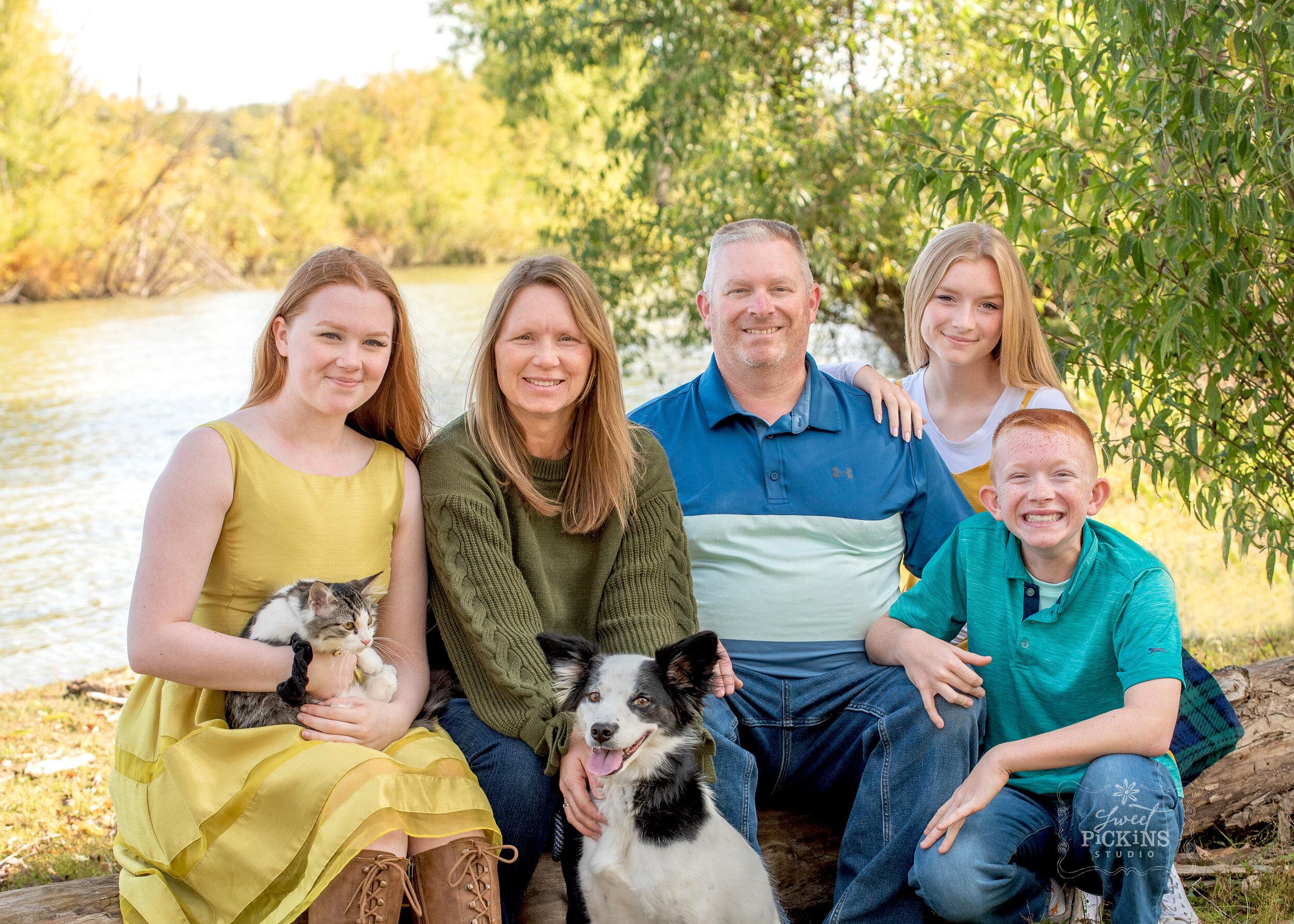 Sweet Pickins Studio Fall Family
