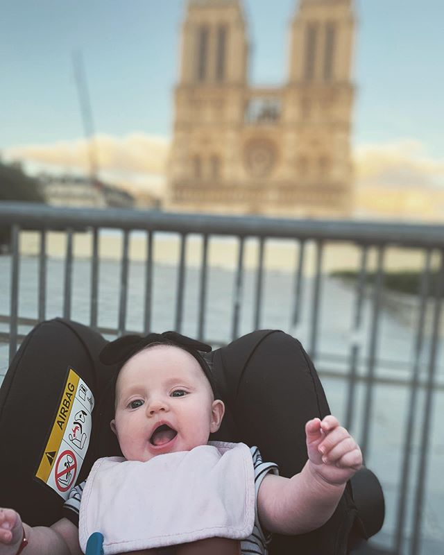 Who turned 4 months old and went to Paris?  This baby. That's who. • • • #babytraveller #twomoms🌈 #lezgonow #notredamecathedral #mybabyiscuterthanyours #parisfrance #lgbtqfamily #babyphotography #4monthsold #familyphotography #paris #parisfranceofficial #france #babytravel #babytraveller #proudfamily