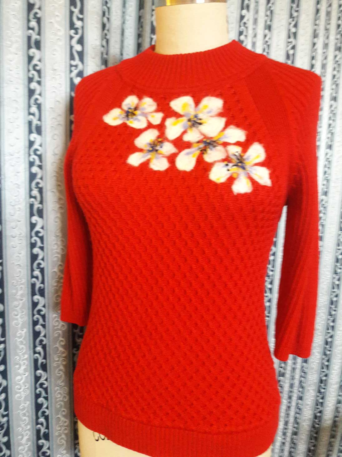 White Flower Felted Red Top