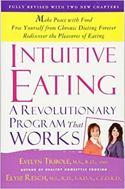 First published in 1995, Intuitive Eating  has become the go-to book on rebuilding a healthy body image and making peace with food. We've all been there―angry with ourselves for overeating, for our lack of willpower, for failing at yet another diet. But the problem is not us; it's that dieting, with its emphasis on rules and regulations, has stopped us from listening to our bodies.