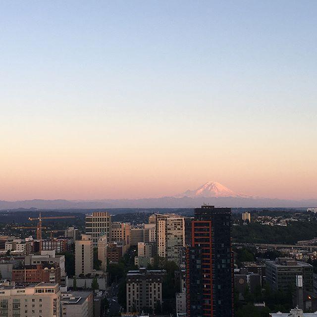 #Seattle sunsets #nofilterneeded #westcoastisthebestcoast #pnwonderland