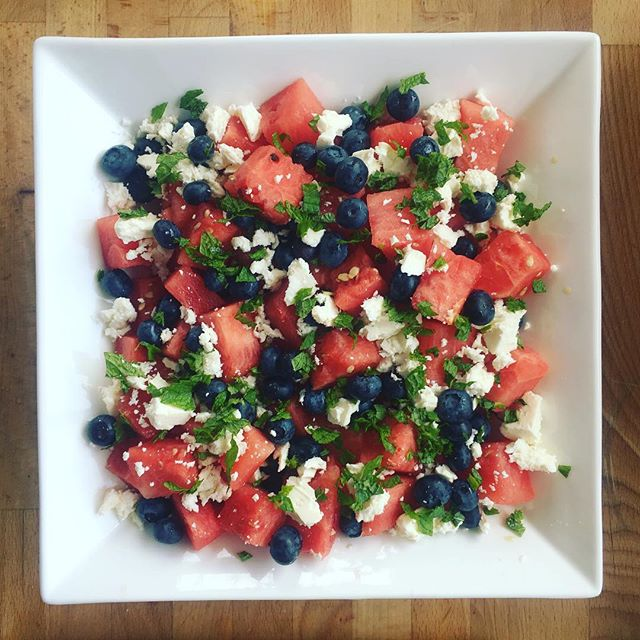 Happy 4th of July! 🇺🇸🌭🎆 Obligatory patriotic BBQ side dish complete 😎#happyfourthofjuly #watermelonsalad #dietitianapproved #redwhiteandblue