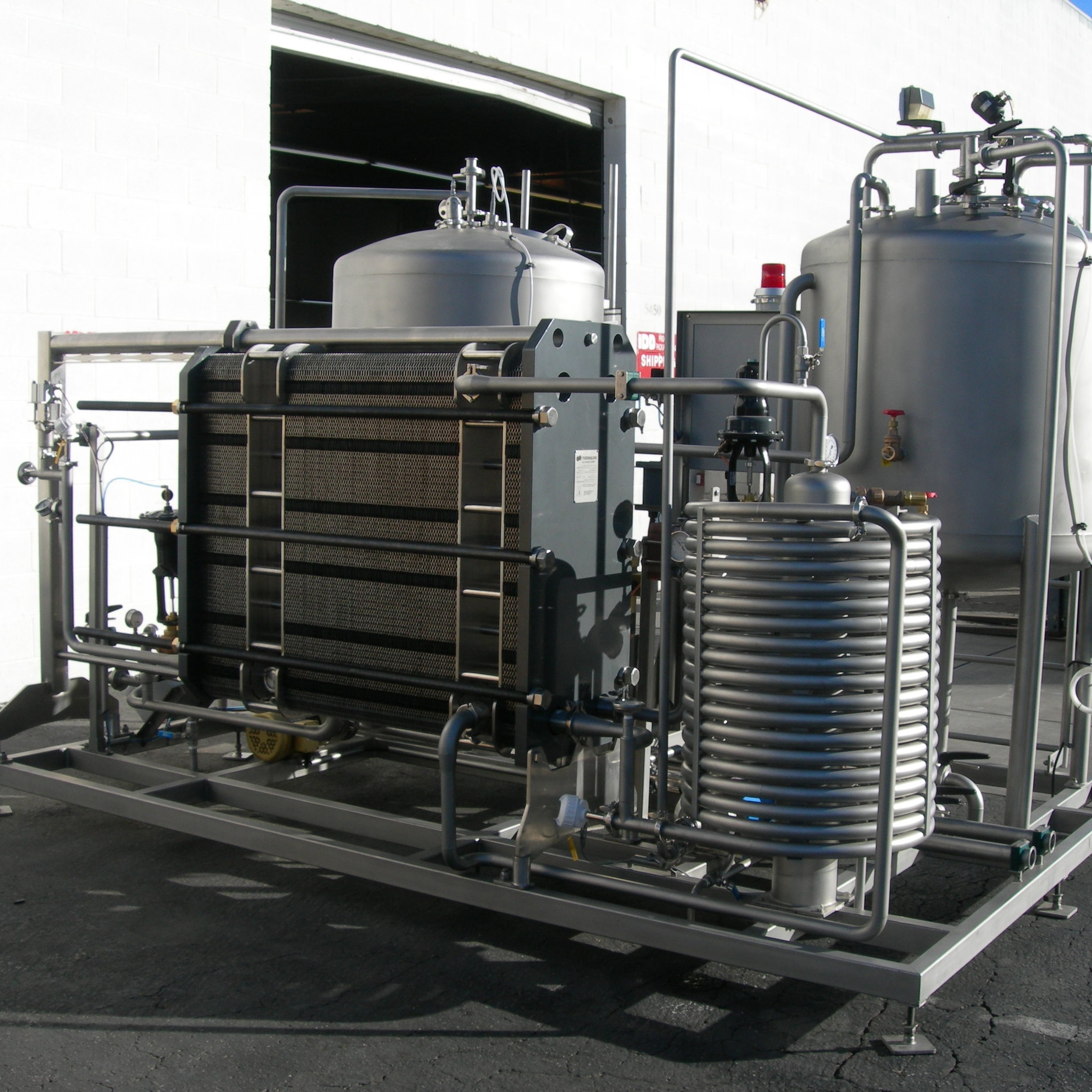 FP3 - Up to 70 hL/hrFor moderate to large beverage plants, the FP3 provides quick and efficient flash pasteurization that can keep up with demanding production lines.