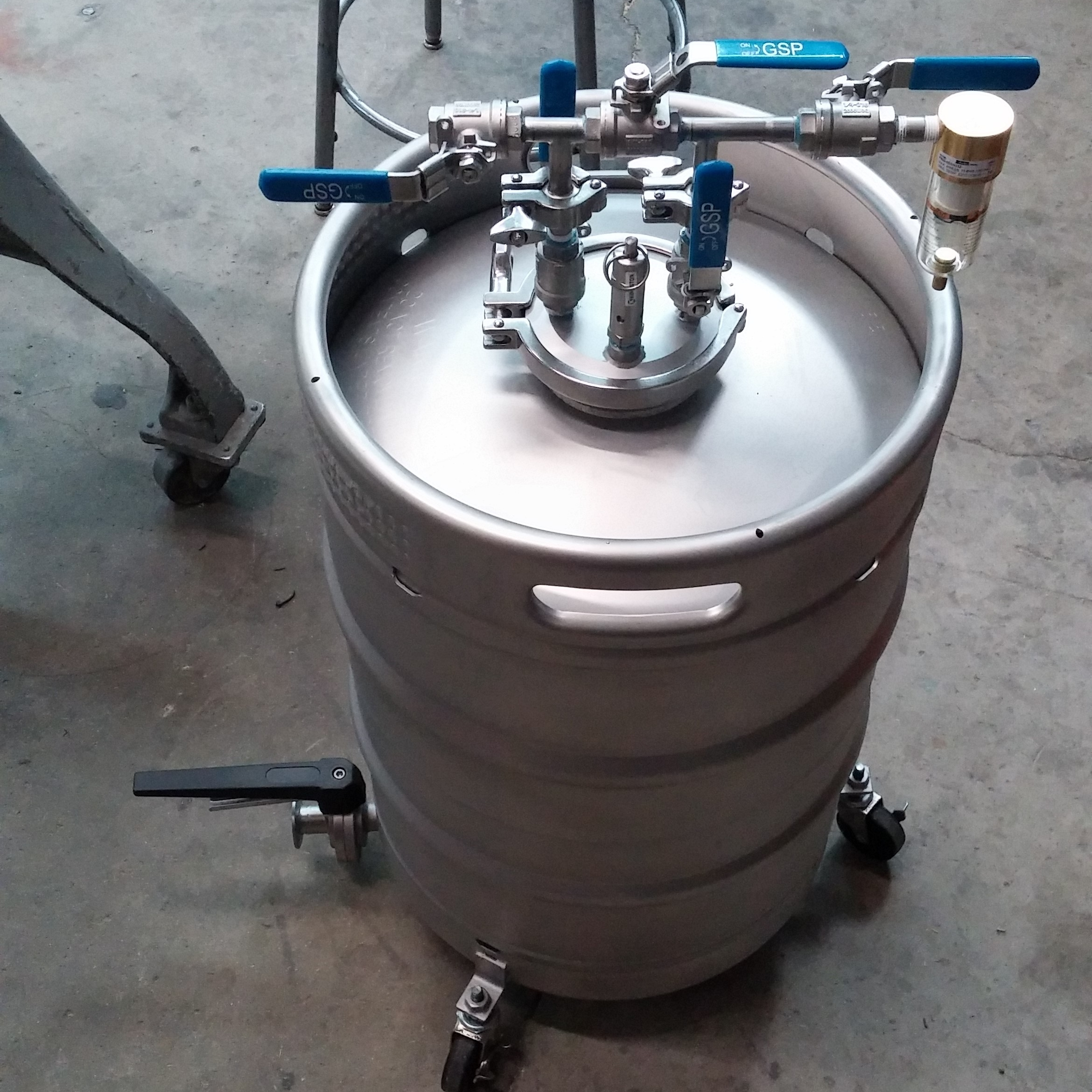 Yeast Kegs - Propagation, storage, washing, aeration, and dispensing.  The perfect solution for smaller breweries.