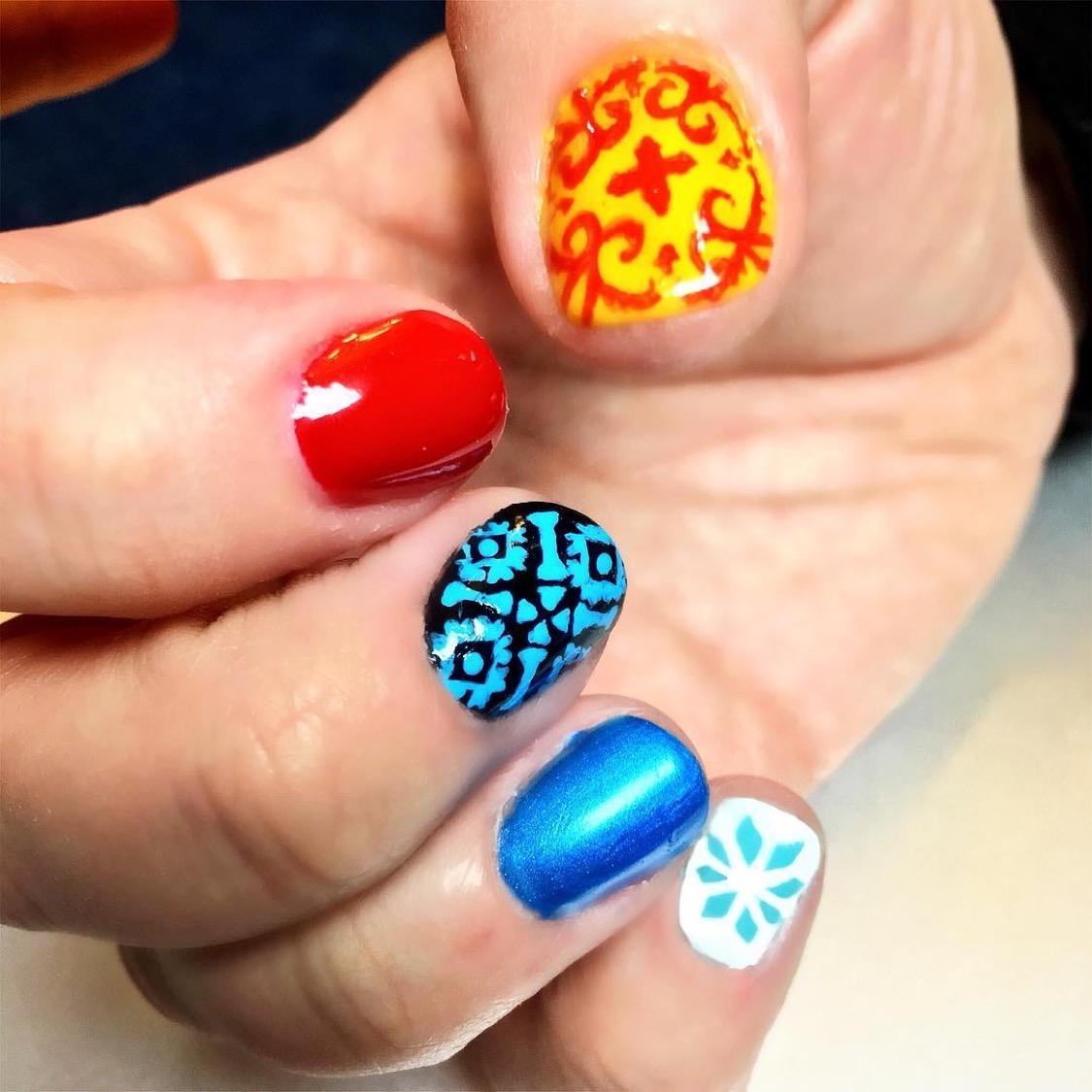 Azul Nails.JPG