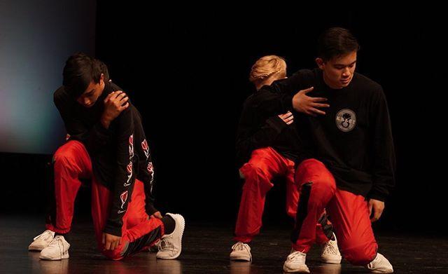 Krazy8 boys killin it🔥 • • • • • • • • • • • • • • • • • • #krazy8 #hiphop #urbandance #cydanceworks #bayarea #str8jacket #sanmateo #damnstr8 #dance