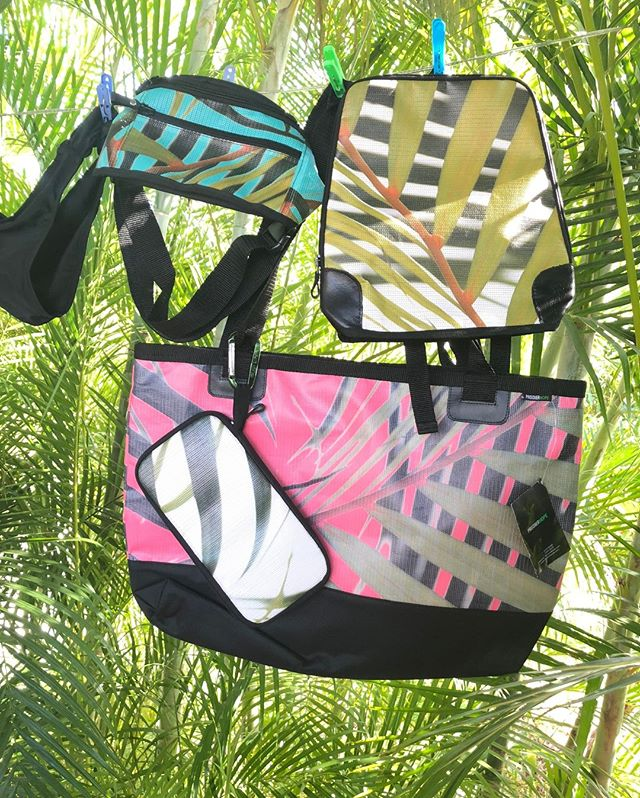 Our Palm Collection handbags are a favorite 😍. Beautiful, timeless bags that carry the things you love to the places you love ✈️ 🌎 🌴 🌊 ⛵. Handmade in Costa Rica by an incredible nonprofit that gives back to families who have endured the hardship of incarceration. A portion of the profits for every single bag goes back to support the nonprofit and give families hope that there is life...GOOD life, outside of crime ❤️. - 🛍️ link in our bio - - -  #gitingas #handbags #beachbags #beachbag #costarica #puravida #beachlife #takemetothebeach #bagsforsale #vacation #vacationmore #vacationtime #destination #journey #adventure #wander #wanderer #wanderlust #travel #travelbag #travelmore #getoutdoors #outdoorlife #humanhope #hope #family #handbags #traveler