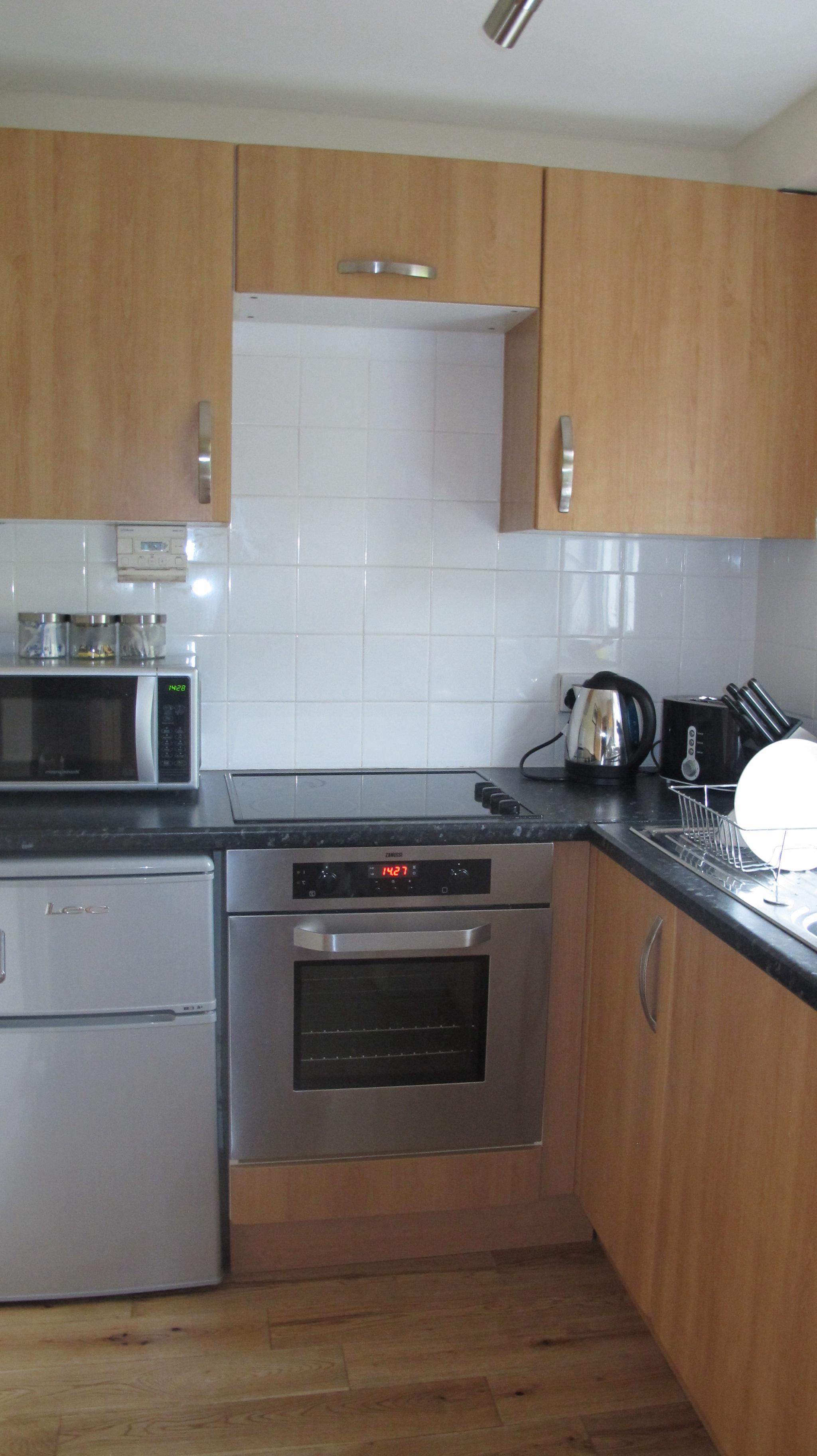 gavinburn kitchen.jpg