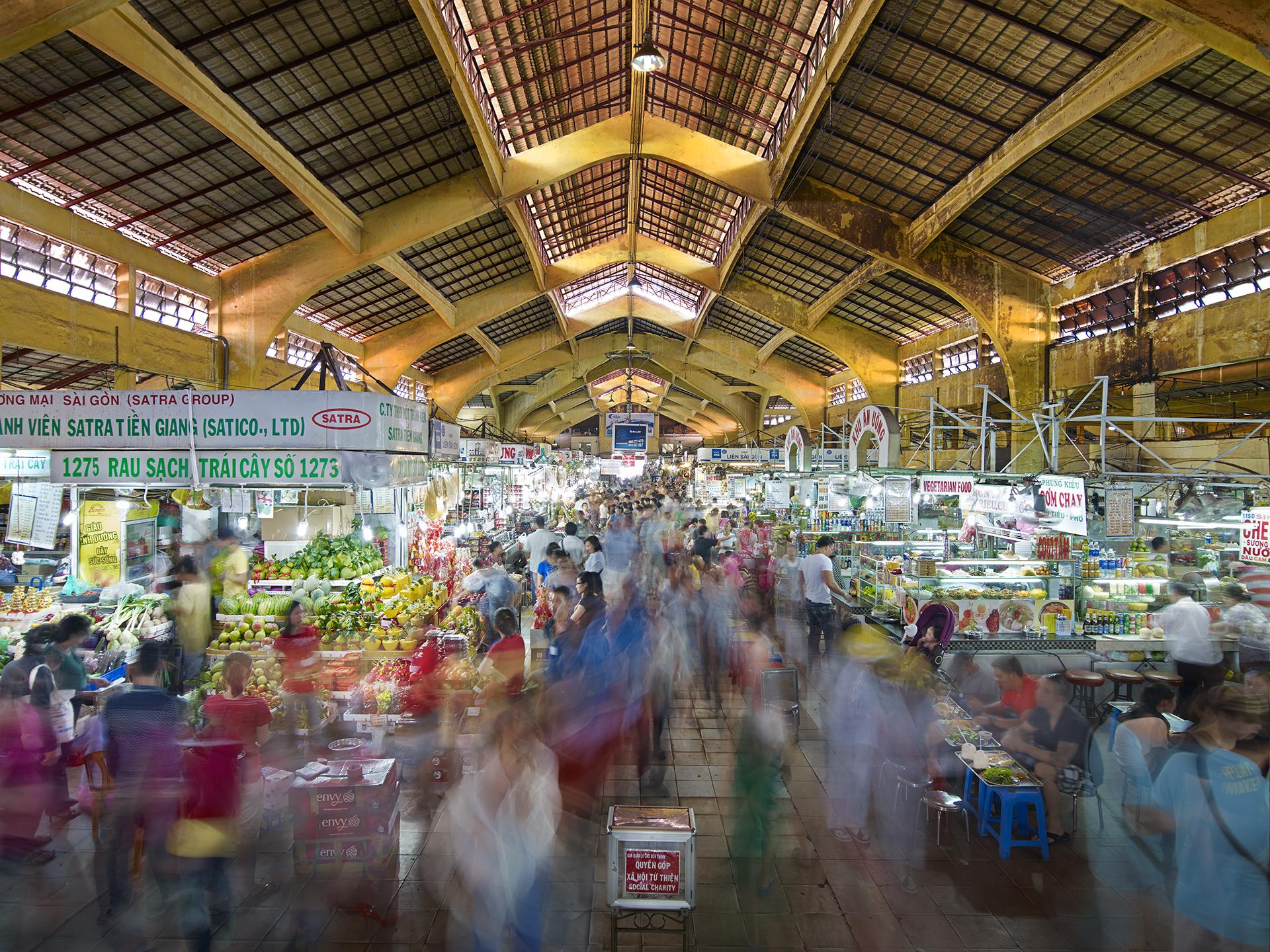 Ben Thanh Market, North Entrance, Saigon, Vietnam - 2013.jpg