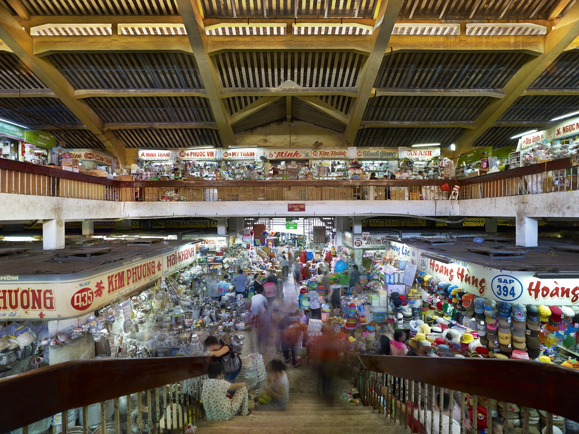 Cho Lon Market, Saigon - 2013.jpg