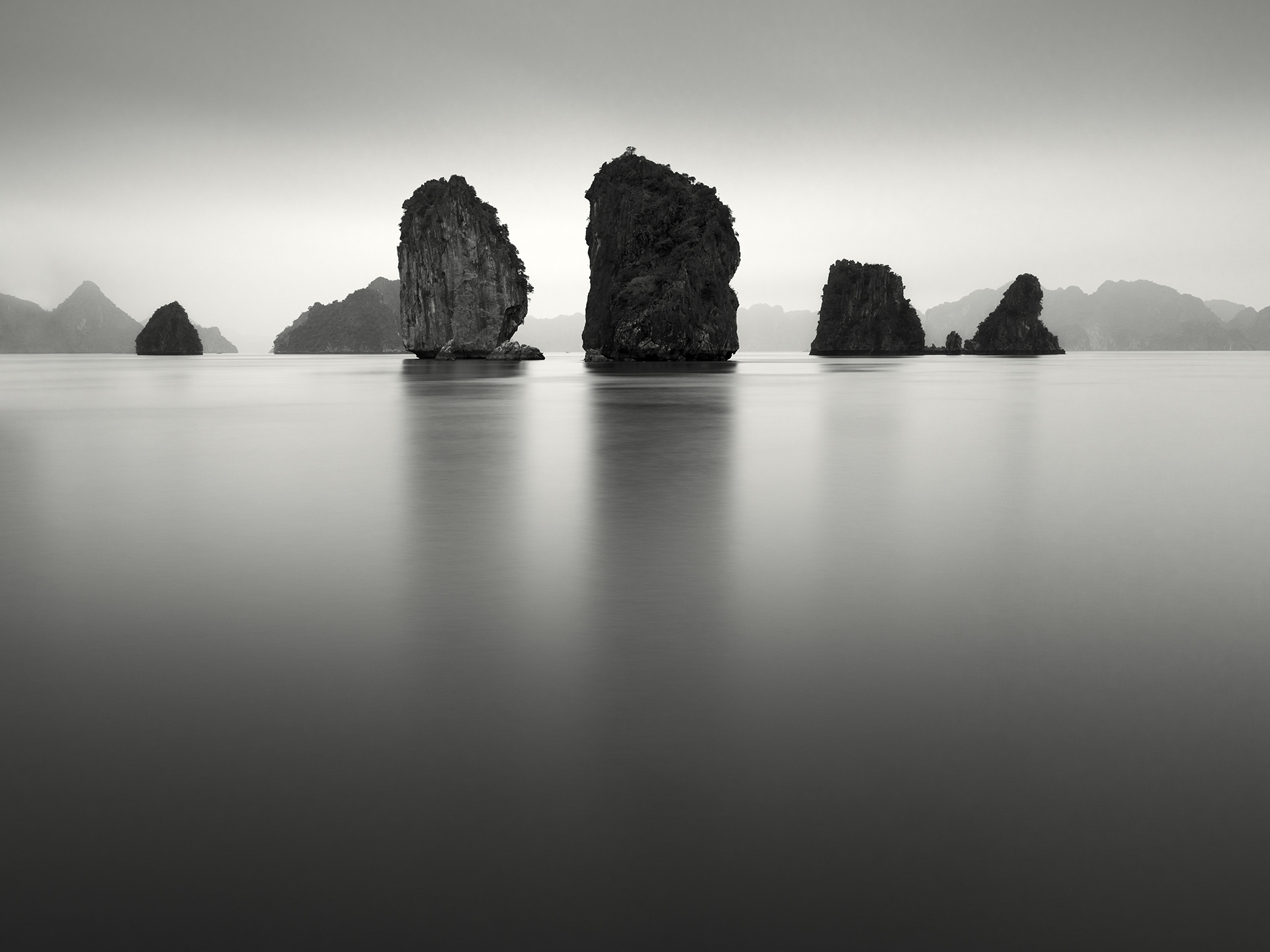 Southern Karsts, Ha Long Bay, Vietnam - 2011.jpg
