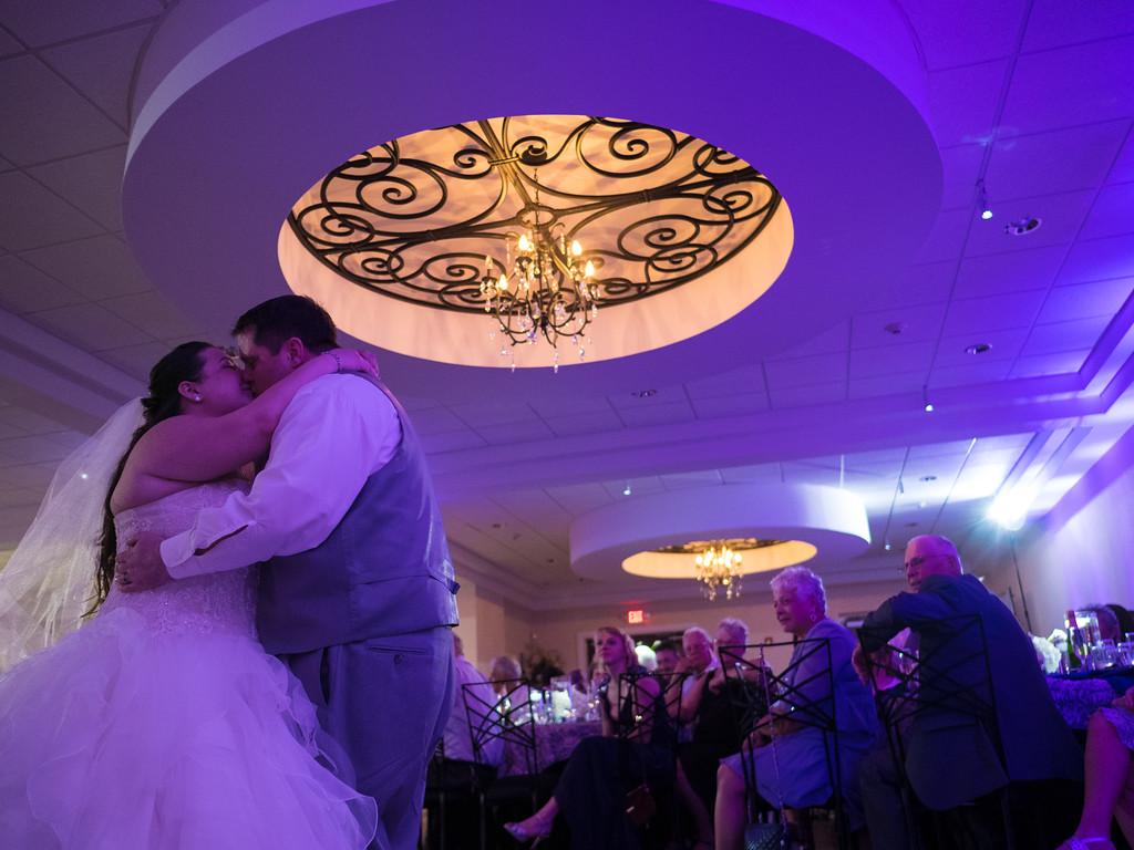 32_wedding_reception.jpg