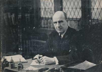 Macartney, Charles Edward Noble photo.jpg