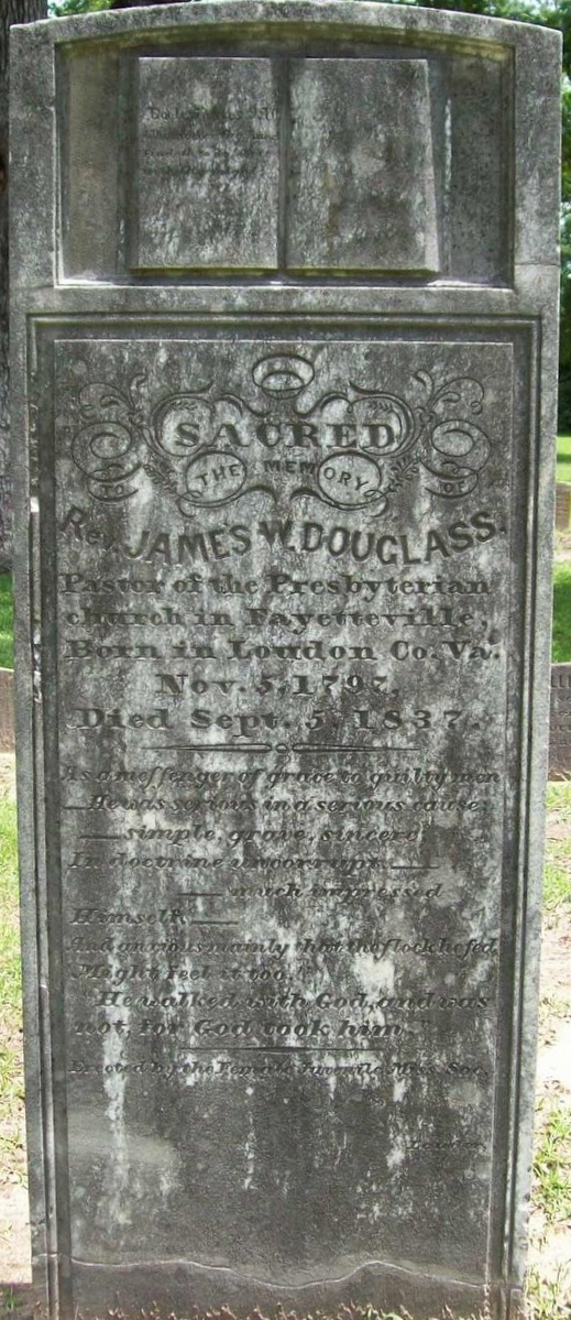 James Walter Douglass is buried at Cross Creek Cemetery #01, Fayetteville, North Carolina.