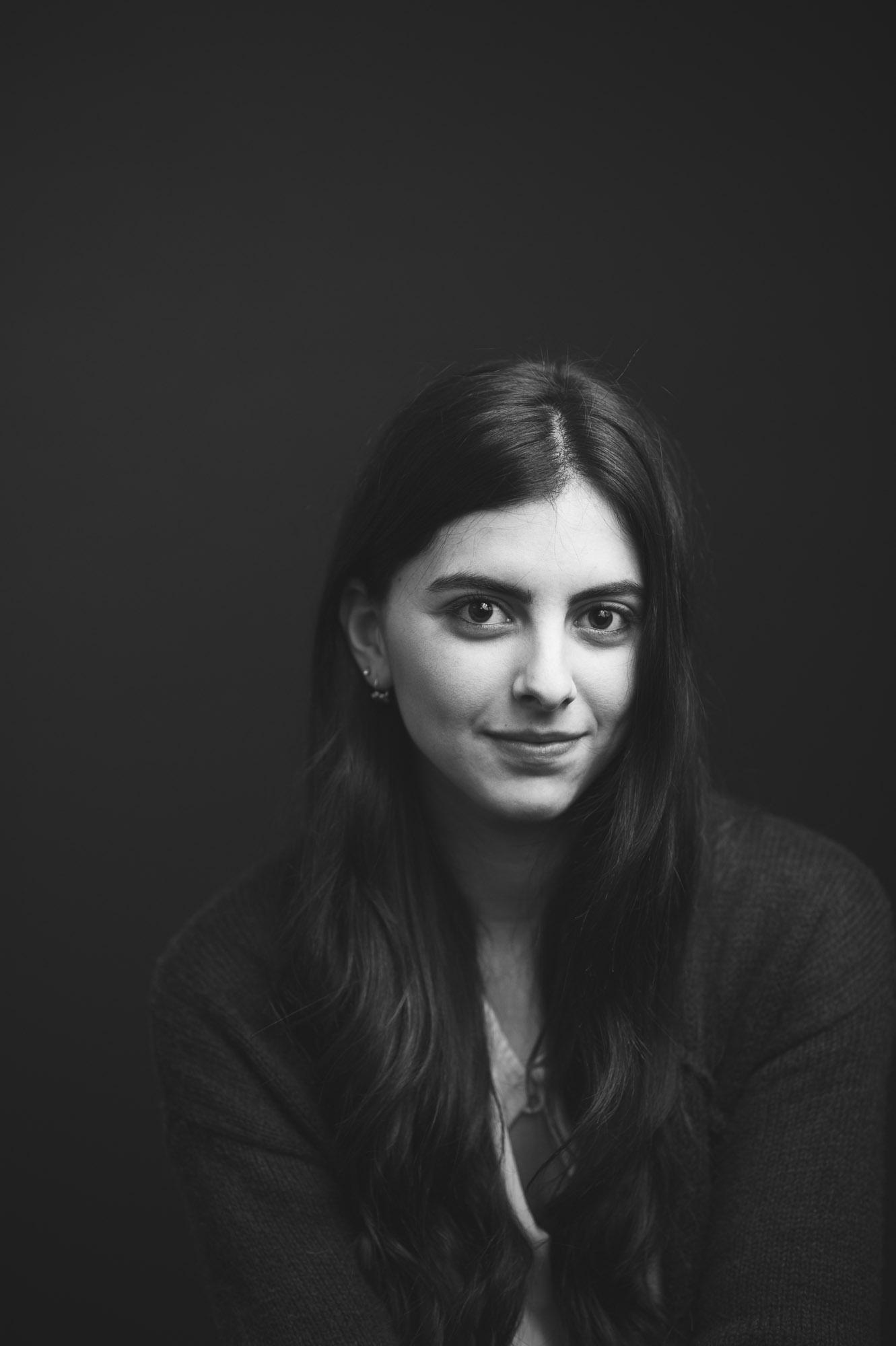 black-and-white-studio-headshot-photographer-alex-tran
