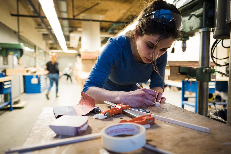 montreal-artist-pamela-simard-concordia-woodshop