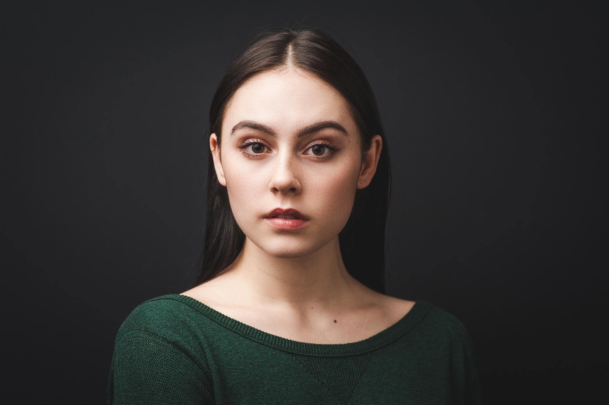 naomi-cormier-acting-headshot