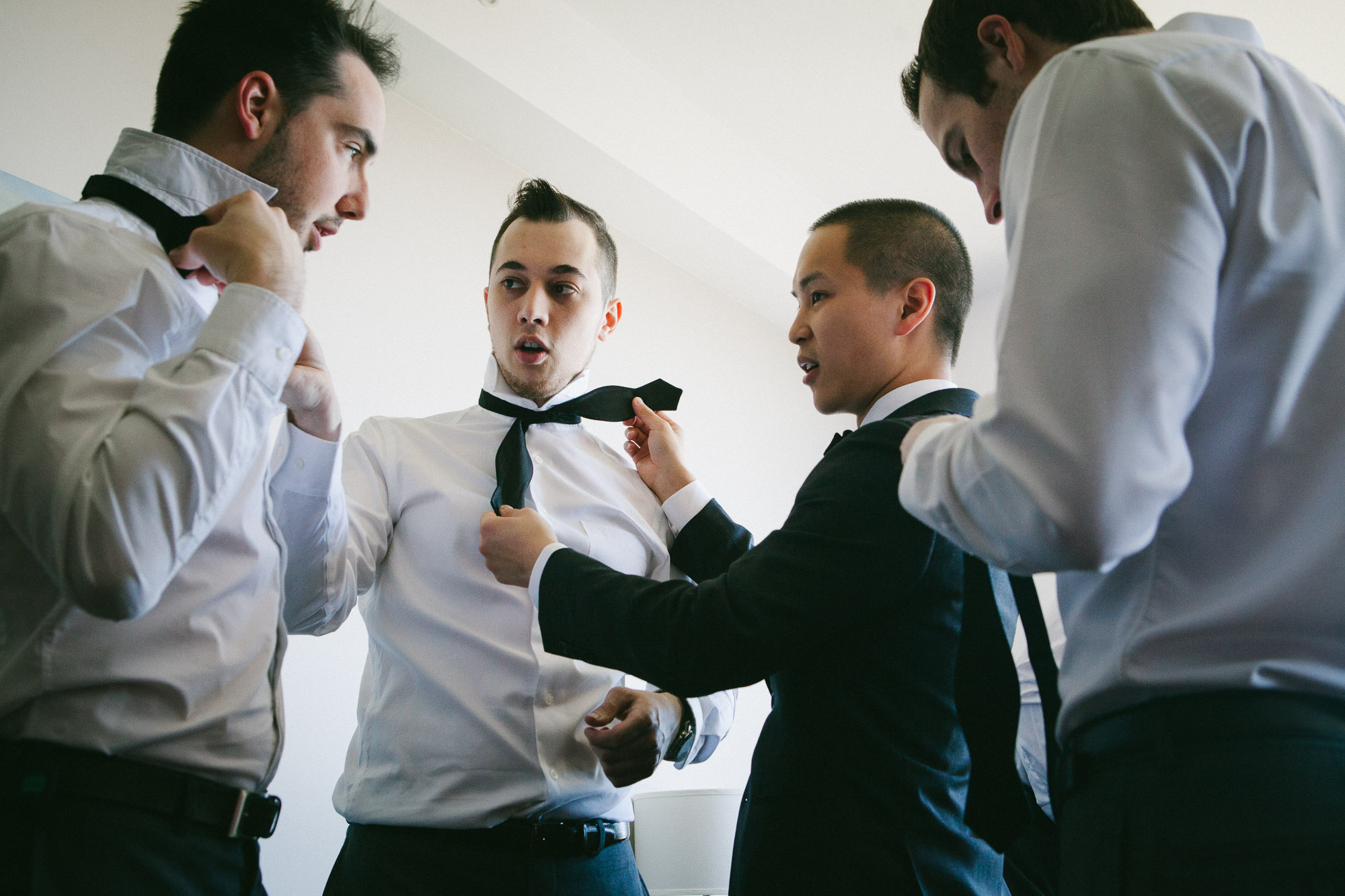 groom-preparations-before-wedding