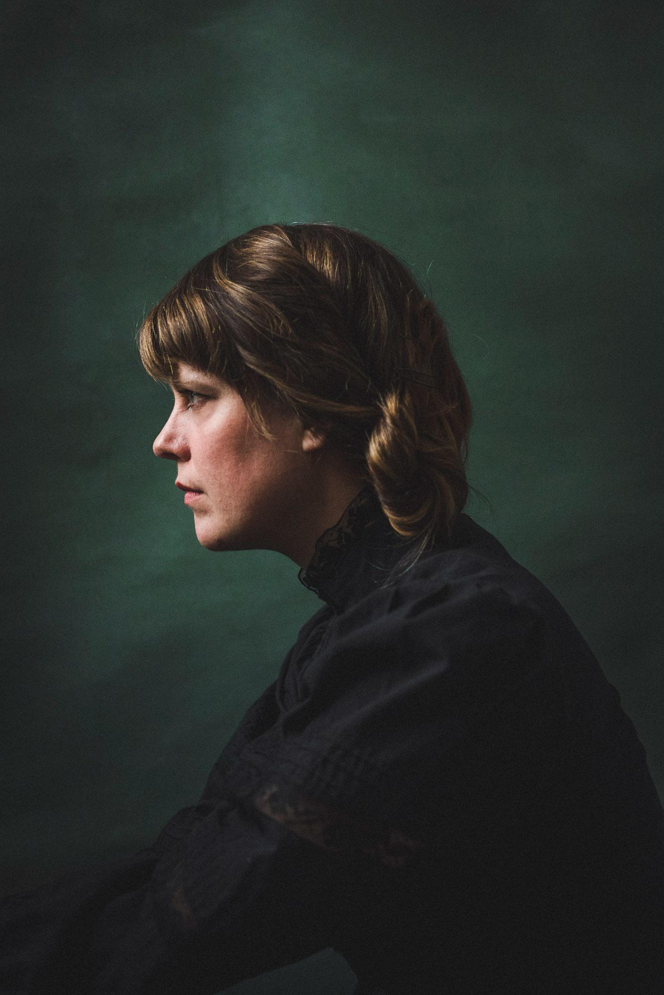 clea-minaker-portrait-by-alex-tran-photography