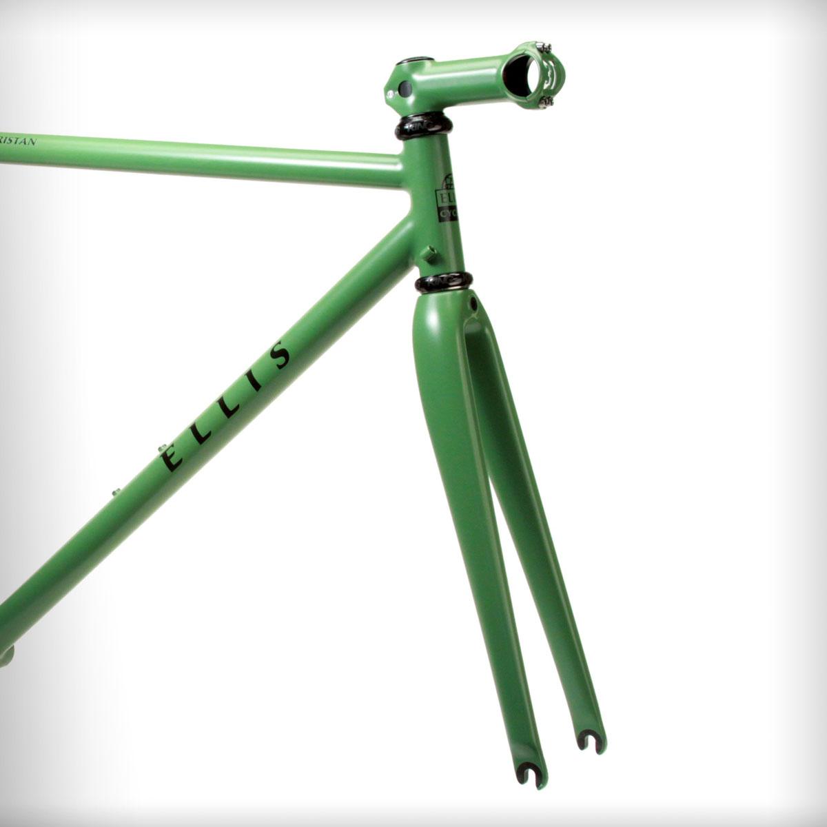 Ellis-cycles-options-carbon-fork.jpg