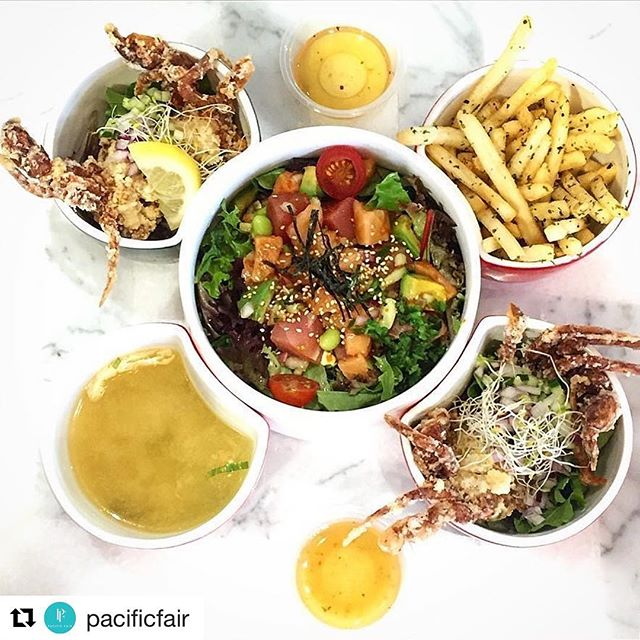 #Repost @mottomotto_japanese for the win! Looking for something to eat? Pacific Fair foodies are staying open later during the Games. So why not drop by for a bite to eat and soak up the atmosphere? ⠀ 📷@diyakadir⠀ ⠀ #pacificfair #eat #japanese #food #yum #gcfood #goldcoast