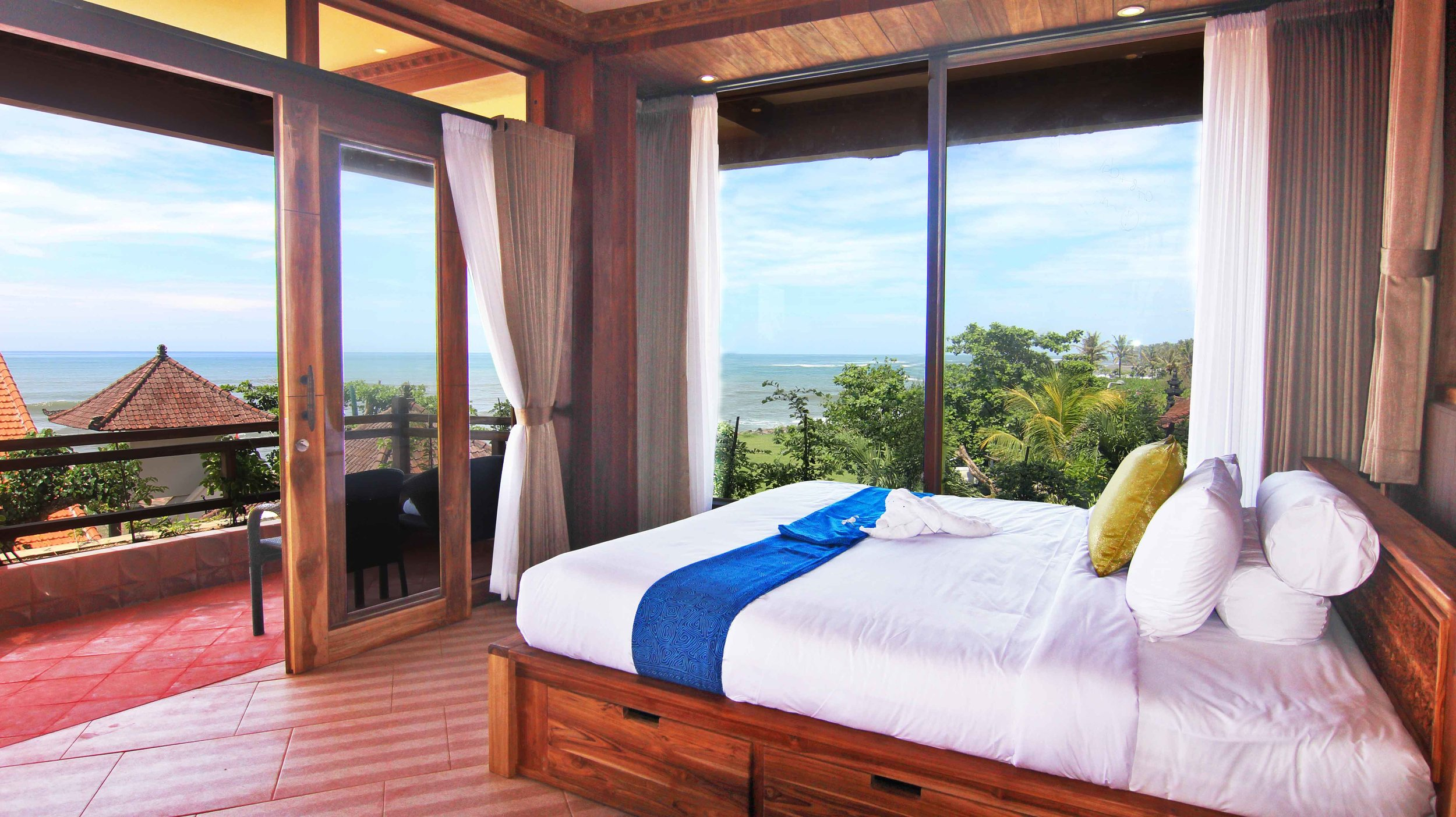 room-cheap-sale-room-discount-hot-deal-cheap-room---ocean-view-rooftop---nice-view.jpg