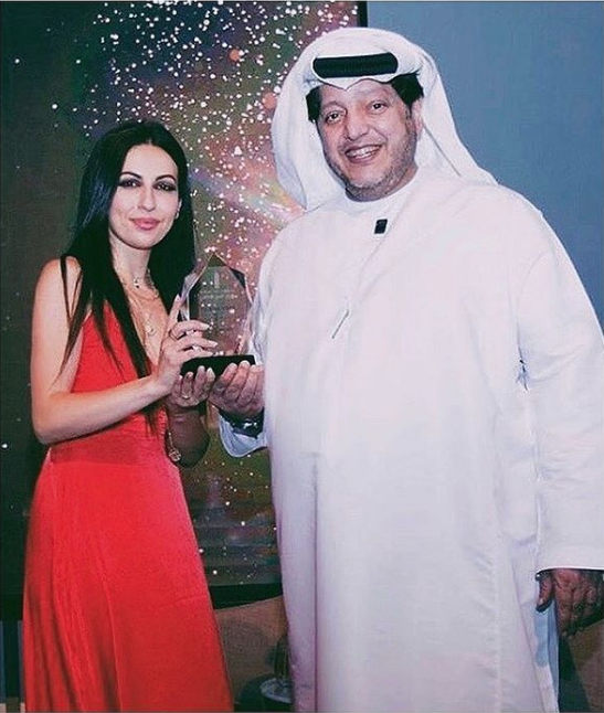 Global art awards / Dubai 2018 - Thank You to your Highness Sheikh Saeed Al Nahyan and International Global Art Awards for this heavy Crystal with my name on it ♥️ it's an honor taking this Award home with me.
