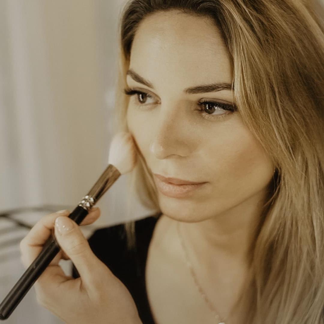 #Agustina - Maquilladora