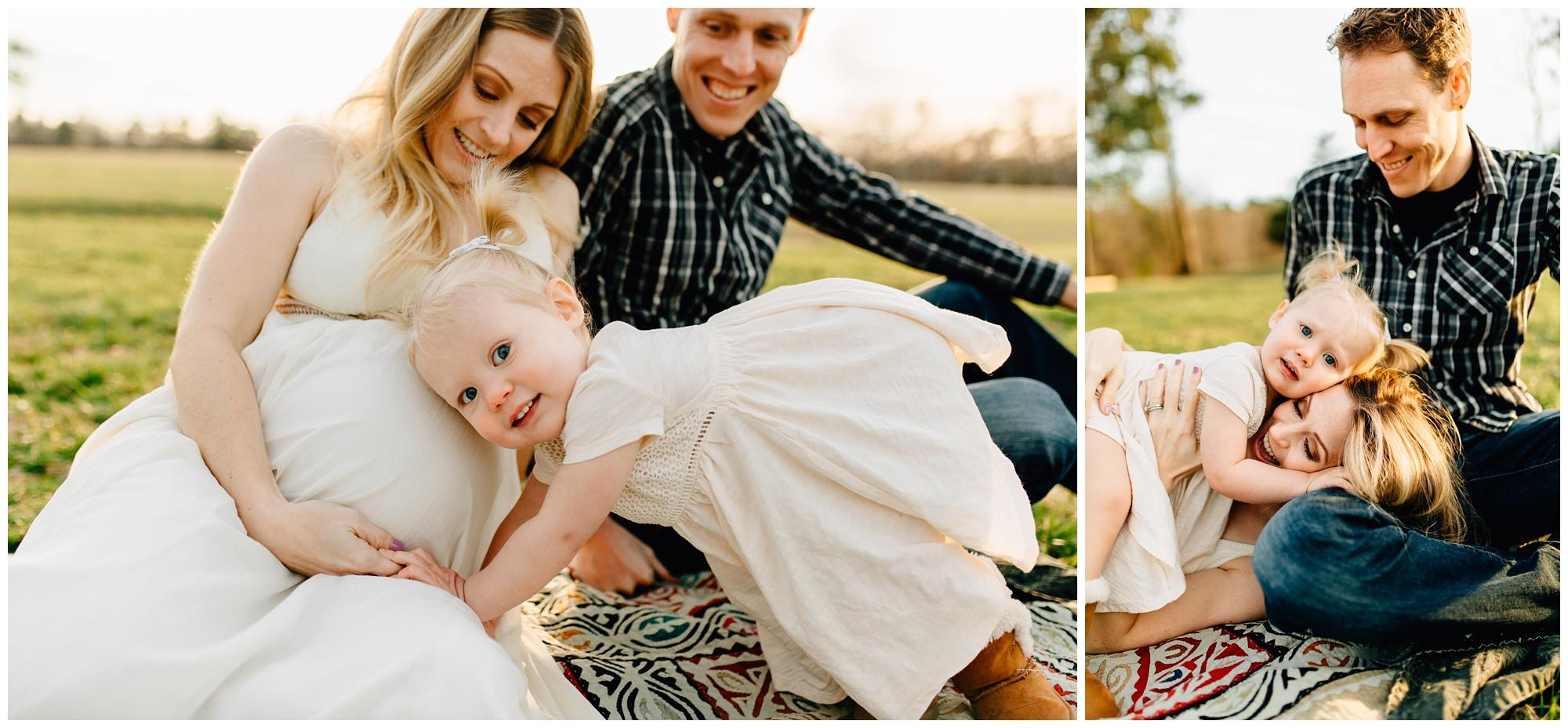 family-maternity-session-2.jpg
