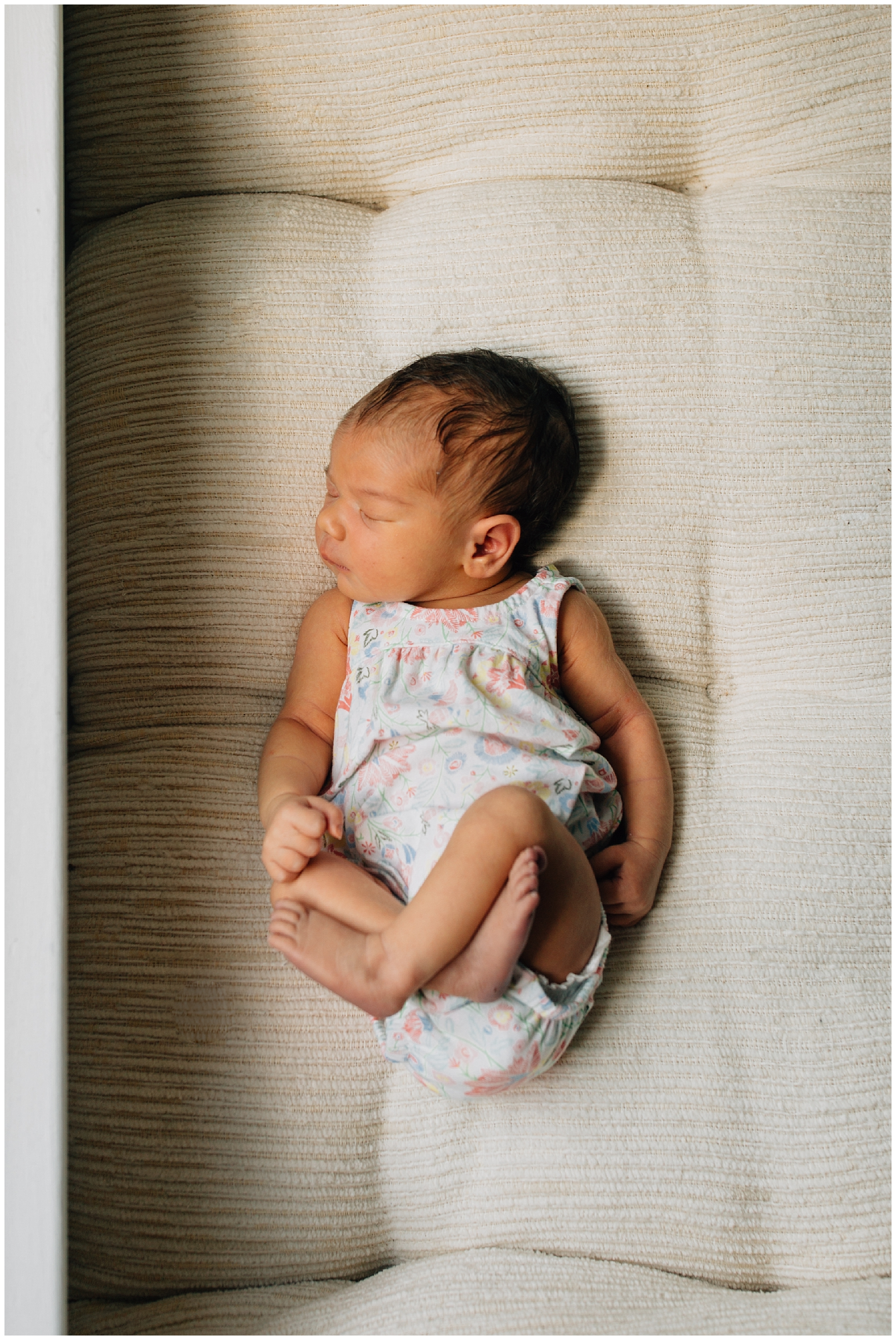Raleigh-Lifestyle-Newborn-Photographer-6.jpg