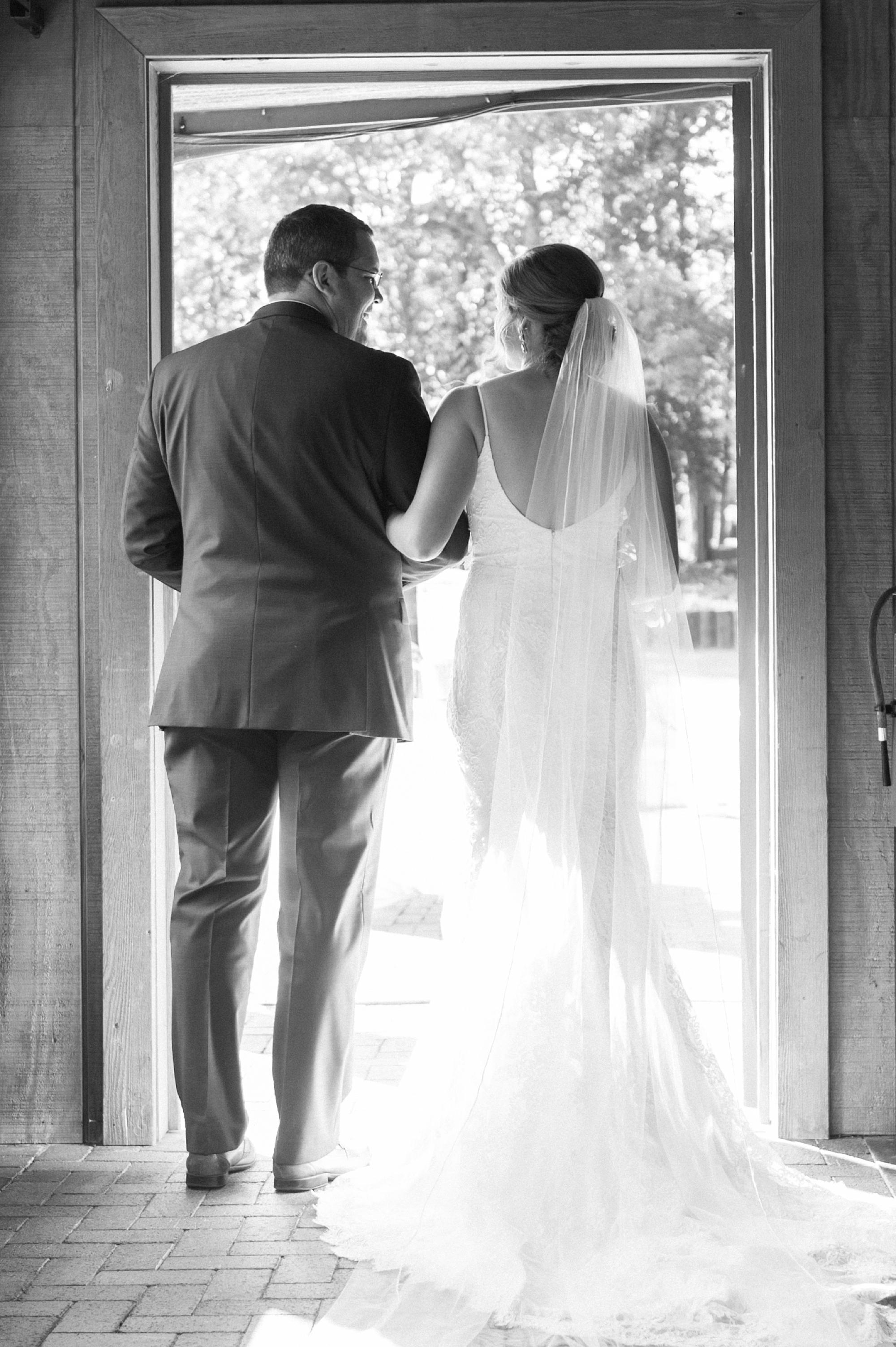 Angus-Barn-Pavilion-Raleigh-Wedding-Film-Photographer_0152.jpg