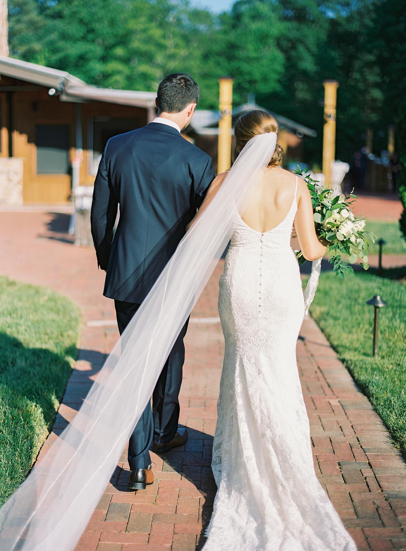 Angus-Barn-Pavilion-Raleigh-Wedding-Film-Photographer_0194.jpg