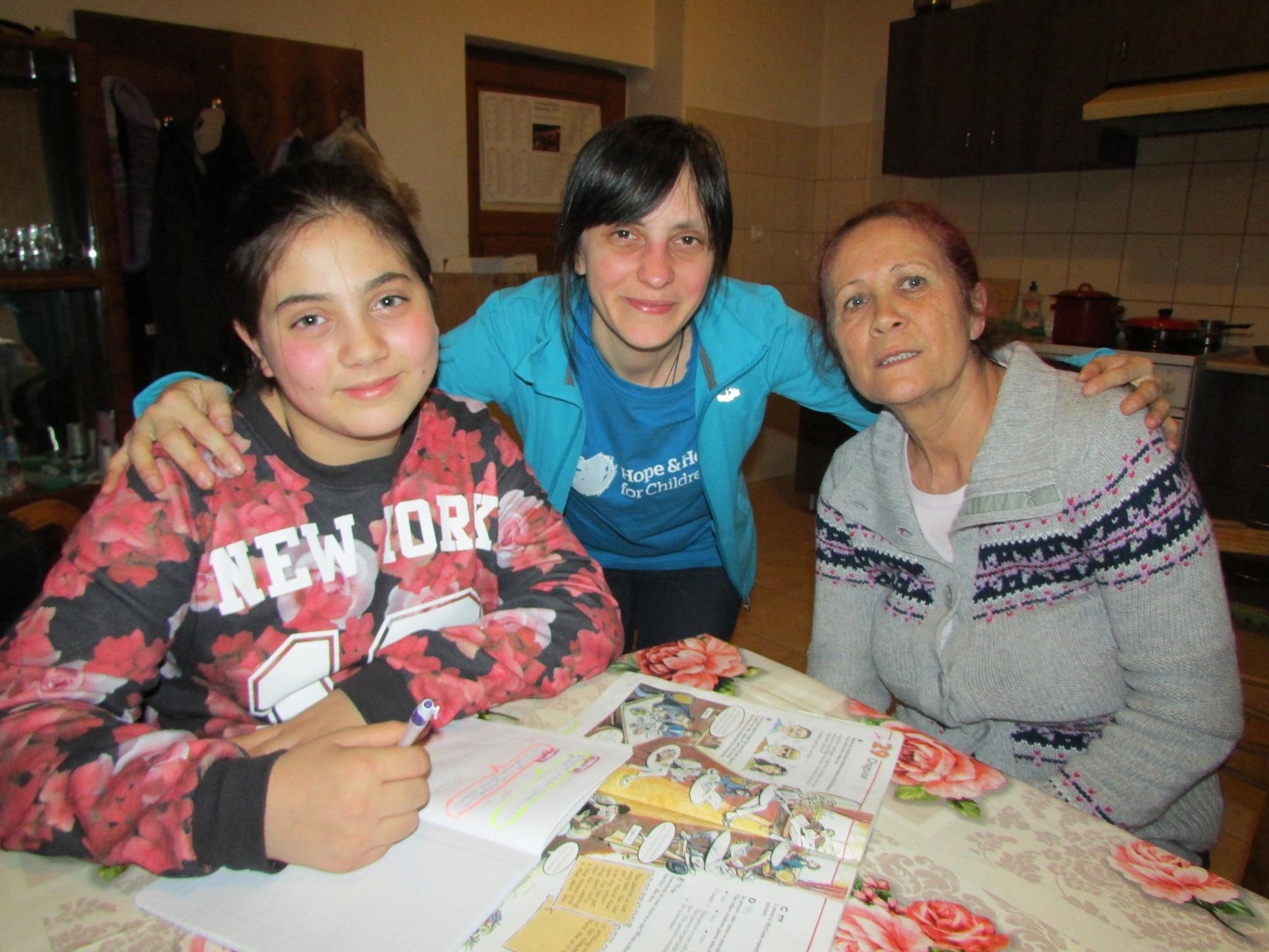 Sonia_Paula+Georgescu_Florina+CRetar.jpeg