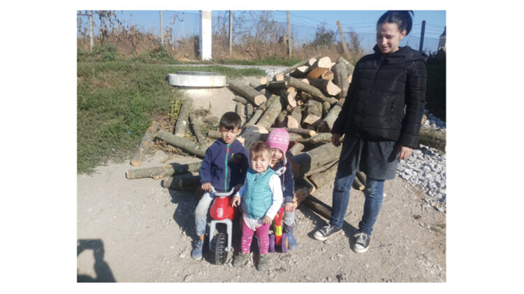 patru copii.jpg