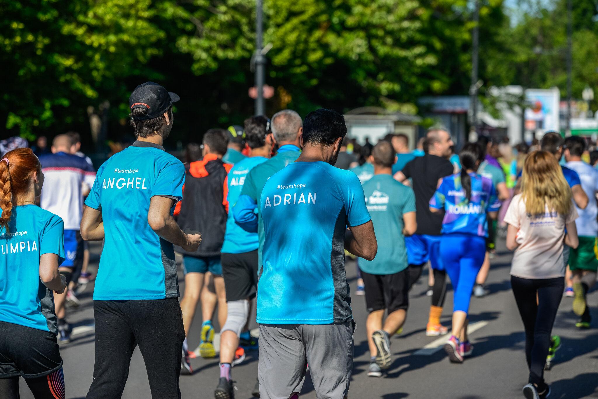 Adrian Nartea_Anghel Damian_Semimaratonul Bucuresti_Foto Radu Fugarescu.jpg