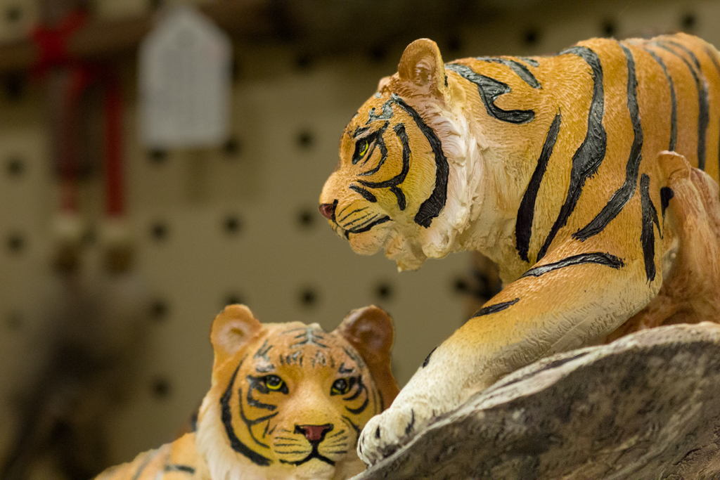 Tigers sculpture.jpg