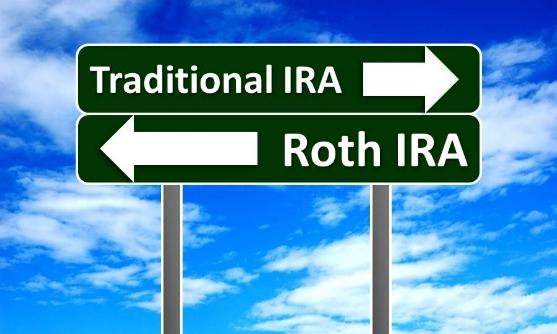 Roth-vs-traditional-IRA.jpg