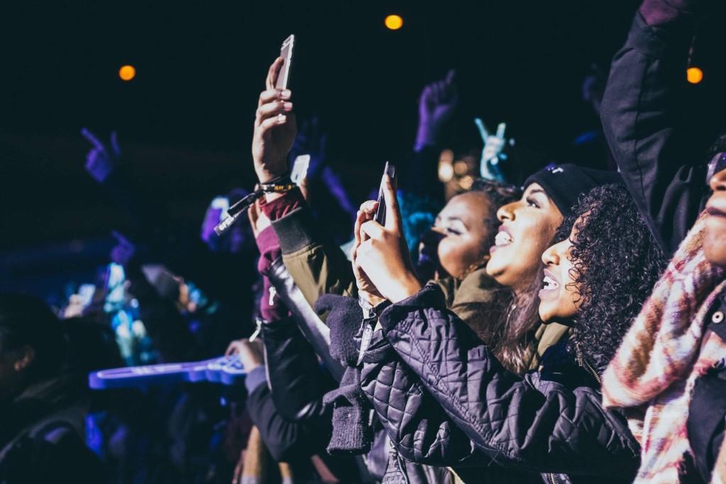 concert-goers_t20_YQKARW.jpg