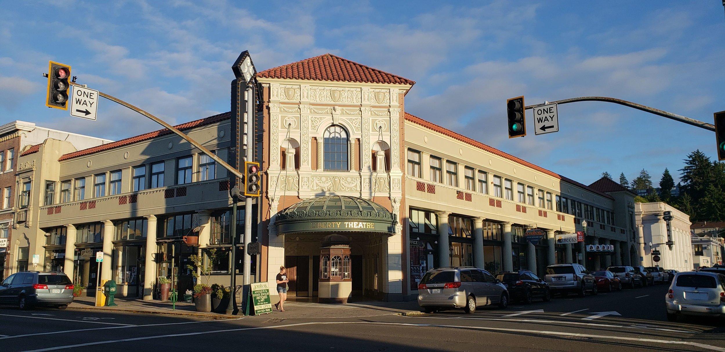 Astoria Theater