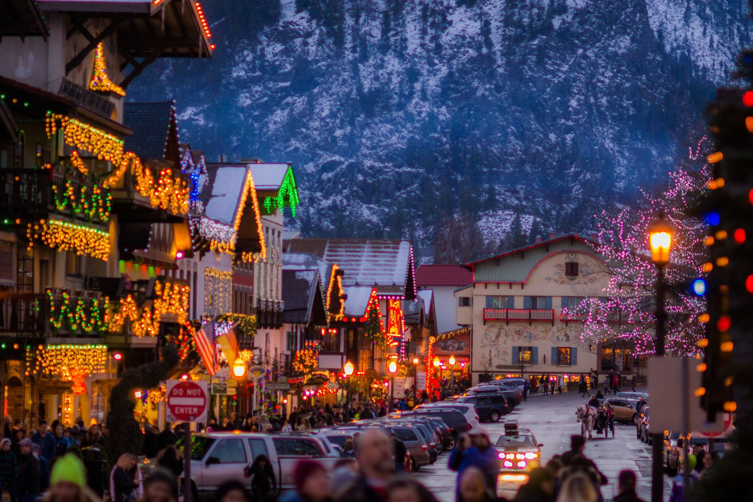 Leavenworth does the holidays…well…