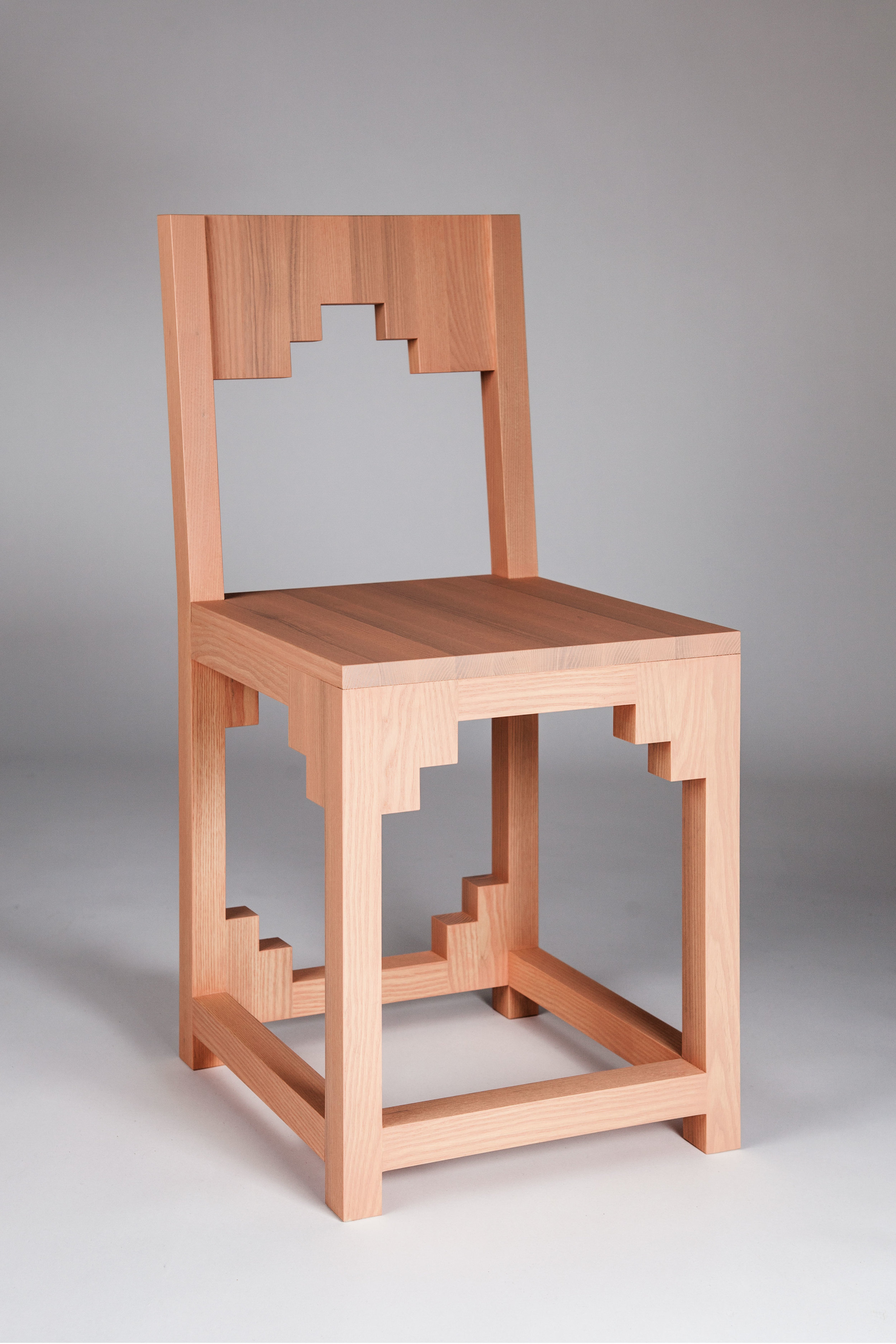 CHAIR_front_by_PetraLilja.jpg