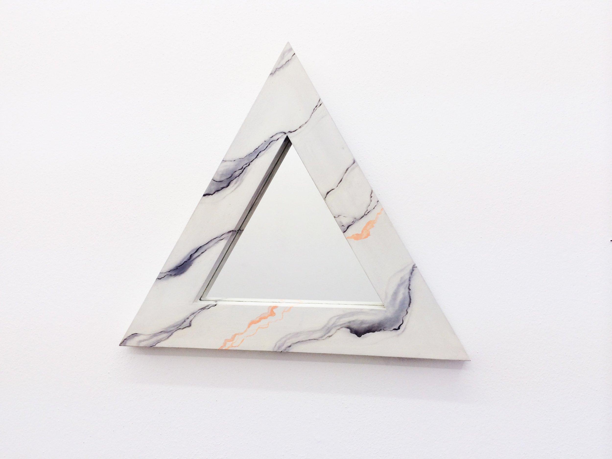 DesignerPetraLilja_primary_triangle1.jpg