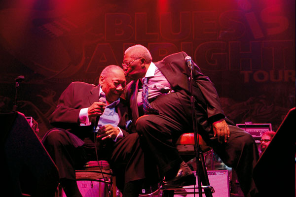 Plate 36 BB King kissing his old friend Bobby Blue Bland on the latter's 80th Birthday.jpg