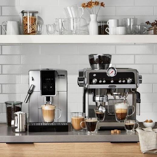 @hudsonsbay  AD @lisadiminno styling Sasha Producer @nancyrdunn Photo @stephen_welstead Studio @atlantica_content . #coffee #kitchendecor #kitchen #homeaplliance