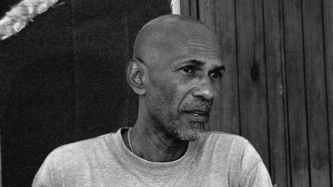 Robert Oumaou-3.jpg