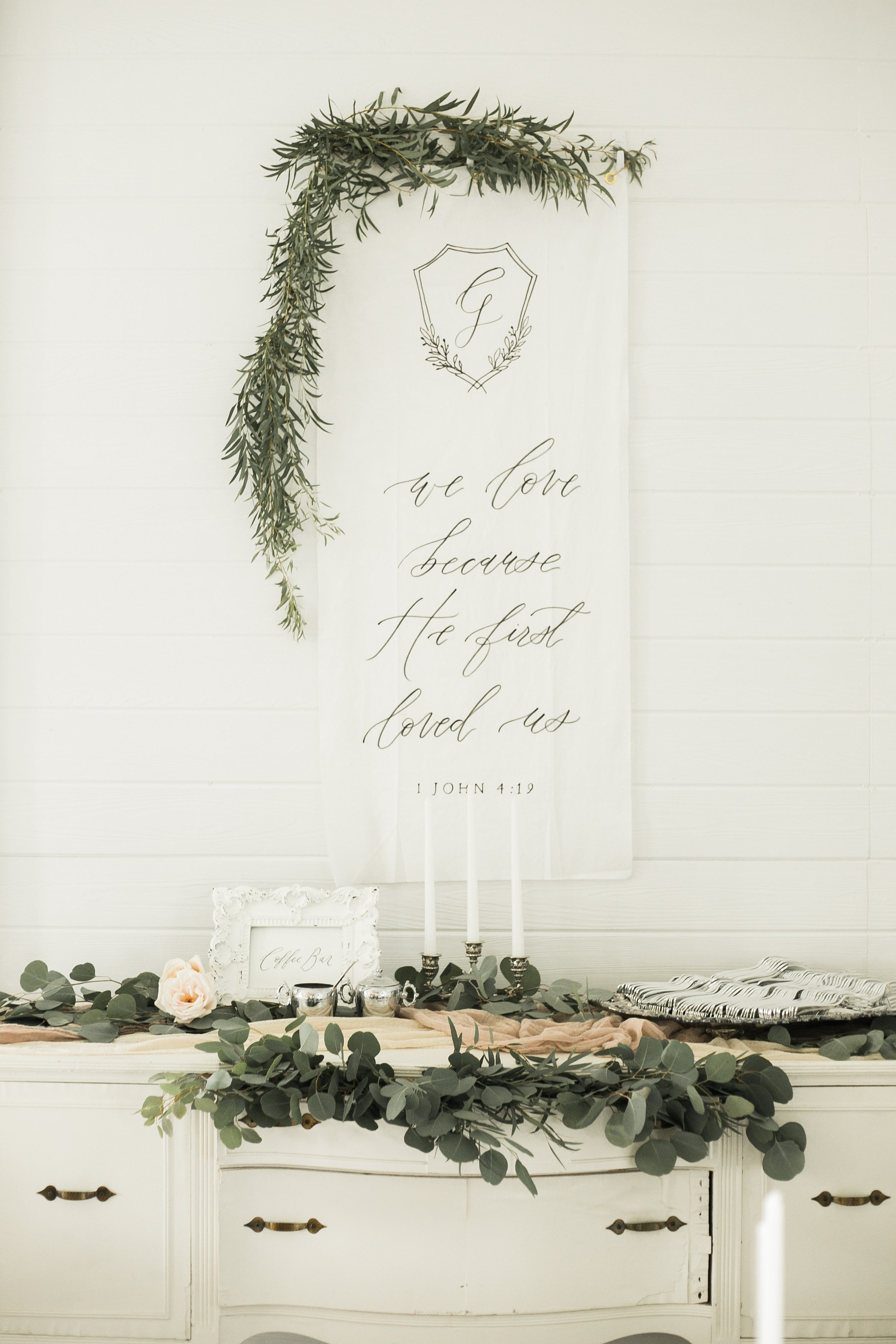 Classic and vintage white and greenery wedding - 82.jpg